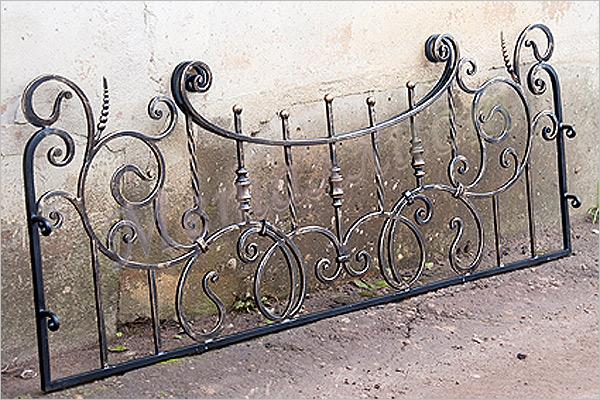 Особенности оград на могилу