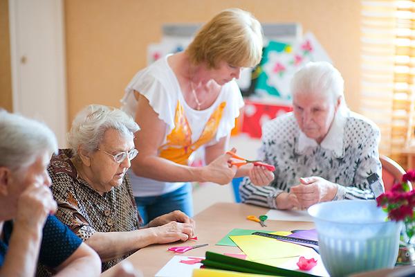 В чём преимущество бесплатной консультации в пансионате для пожилых людей?
