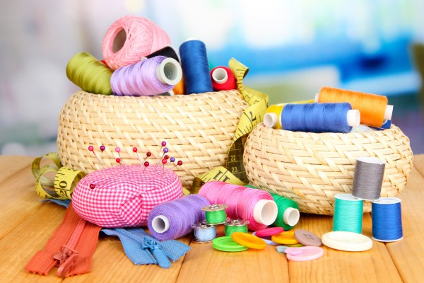 Пряжа и фурнитура для игрушек