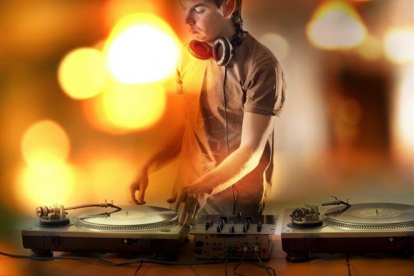 Где скачать музыку в 2021?